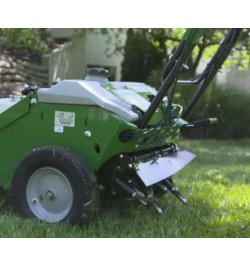 Aerator Profesional Billy Goat 8 cuie